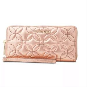 Michael Kors Quilted Rose Color Wallet